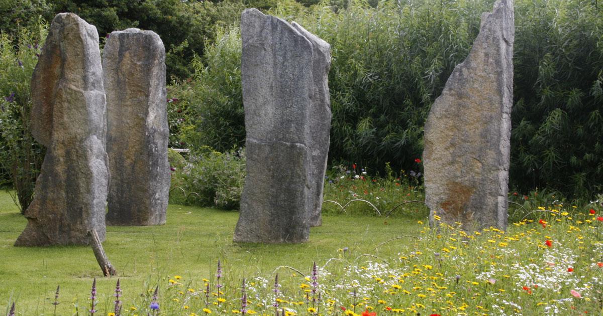 Brigit's Garden (2) Brigit's Garden